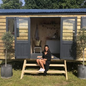 MAXI Shepherds Hut